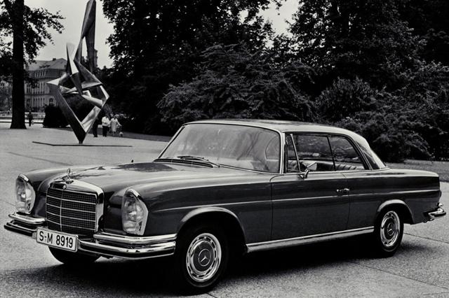 Mercedes-Benz-280_SE_3